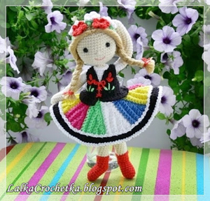 Anna Folk Doll ... Ania Łowiczanka | Featured on @beckastreasures Saturday Link Party 56 with Lalka Crochetka!