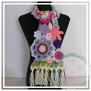Scrapalicious Flower Scarf - Free Crochet Pattern by @CCWJoanita | Featured at Creative Crochet Workshop - Sponsor Spotlight Round Up via @beckastreasures | #fallintochristmas2016 #crochetcontest #spotlight #crochet #roundup