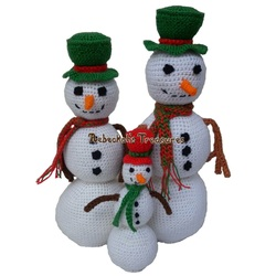 Crochet Snowmen by Rebeckah's Treasures