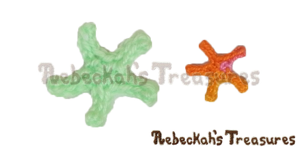Small Starfish Motifs in cotton thread & sport yarn | FREE crochet patterns via @beckastreasures | Delightful appliqués for under the sea projects! #motif #crochet #starfish