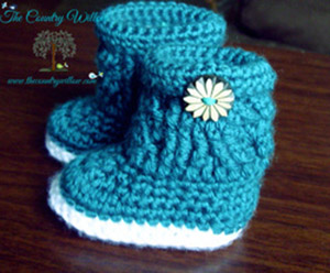 Charlotte Marie Boots - Free Crochet Pattern by @countrywillow12 | Featured at Country Willow Designs - Sponsor Spotlight Round Up via @beckastreasures | #fallintochristmas2016 #crochetcontest #spotlight #crochet #roundup