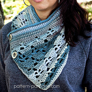 Aspen Cowl | Featured at Tuesday Treasures #24 via @beckastreasures with @PatternParadise | #crochet