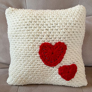 Decorative Pillow with Hearts by @LtMonkeyShop | via I Heart Blankets, Pillows & Rugs - A LOVE Round Up by @beckastreasures | #crochet #pattern #hearts #kisses #valentines #love