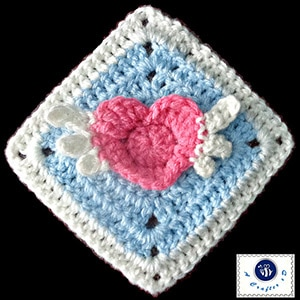 Angel Heart Granny Square by @MazKwok | via I Heart Blankets, Pillows & Rugs - A LOVE Round Up by @beckastreasures | #crochet #pattern #hearts #kisses #valentines #love