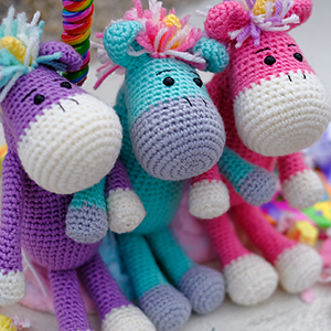 Molly the Magical Unicorn CAL | Featured at Tuesday Treasures #29 via @beckastreasures with @Amidorable | #crochet