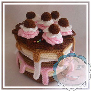 Build A Cake - Crochet Pattern by @CCWJoanita | Featured at Creative Crochet Workshop - Sponsor Spotlight Round Up via @beckastreasures | #fallintochristmas2016 #crochetcontest #spotlight #crochet #roundup
