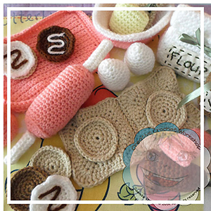 Littlest Cookie Baking Set - Crochet Pattern by @CCWJoanita | Featured at Creative Crochet Workshop - Sponsor Spotlight Round Up via @beckastreasures | #fallintochristmas2016 #crochetcontest #spotlight #crochet #roundup