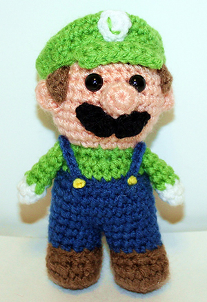 Mini Green Gamer Friend - Free Crochet Pattern by #MadebyMary | Featured at Made by Mary - Sponsor Spotlight Round Up via @beckastreasures | #fallintochristmas2016 #crochetcontest #spotlight #crochet #roundup