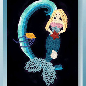 Miss Ariella Mermaid Doily - Crochet Pattern by @crochetmemories Featured at Crochet Memories - Sponsor Spotlight Round Up via @beckastreasures | #fallintochristmas2016 #crochetcontest #spotlight #crochet #roundup