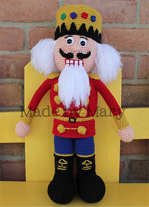 Nutcracker Amigurumi - Crochet Pattern by #MadebyMary | Featured at Made by Mary - Sponsor Spotlight Round Up via @beckastreasures | #fallintochristmas2016 #crochetcontest #spotlight #crochet #roundup