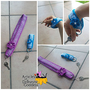 Key Lanyards for Teacher or Nurse - Free Crochet Pattern by @ArtofaDG | Featured at Articles of a Domestic Goddess - Sponsor Spotlight Round Up via @beckastreasures | #fallintochristmas2016 #crochetcontest #spotlight #crochet #roundup