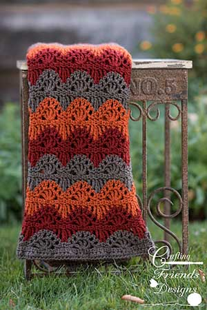 Ripple Lace Afghan | Featured at Tuesday Treasures #25 via @beckastreasures with @CraftingFriends | #crochet
