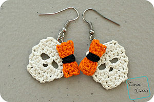 Sally Skulls Earrings | Featured at Tuesday Treasures #15 via @beckastreasures with @divinedebrisweb | #crochet