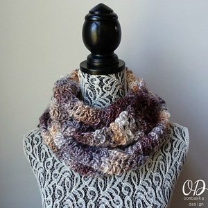 Serendipity Scarf | Featured on @beckastreasures Tuesday Treasures #3 with @OombawkaDesign!