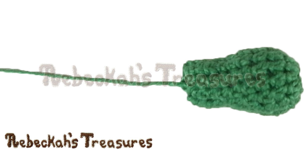 Working on Turtle's Head | Finger Puppet Turtle Friends via @beckastreasures | A free pattern you'll love crocheting for your puppet theaters! Get ready for smiles, laughter and timeless productions starting turtle and friends... #freecrochet #turtles #crochet #amigurumi #fingerpuppet