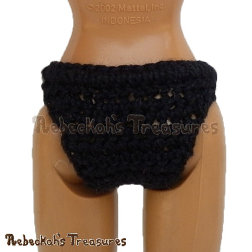 Stretchy Fashion Doll Panties - BACK VIEW | FREE crochet pattern via @beckastreasures | Delight little girls everywhere and add a special touch to your crochet dresses! #barbie #crochet