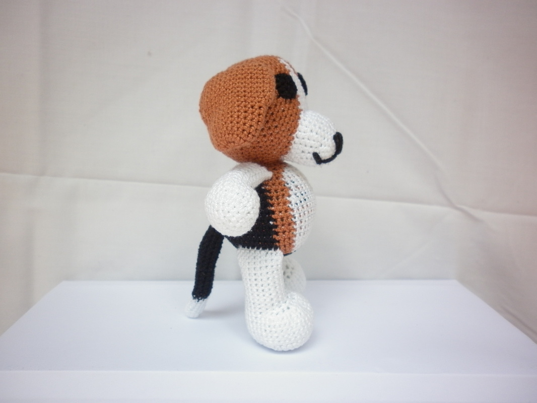 Crochet Beagle Amigurumi Dog