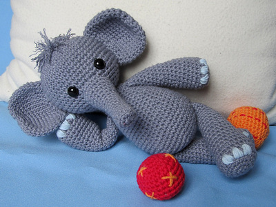 PATTERN Instant Download, Newborn-12 Months Elephant Hat and ... | 300x400