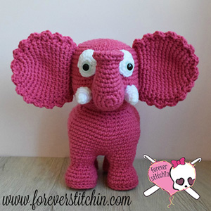 Elephant Amigurumi | Friday Feature #8 via @beckastreasures with @ForeverStitchin#crochet