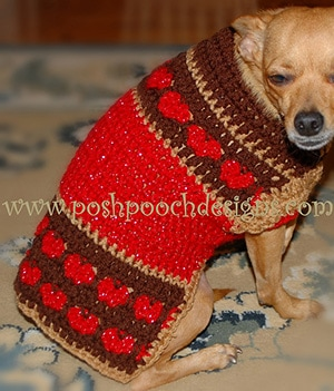 Hearts in a Row Dog Sweater by @PoshPoochDesign | via I Heart Clothes - A LOVE Round Up by @beckastreasures | #crochet #pattern #hearts #kisses #valentines #love