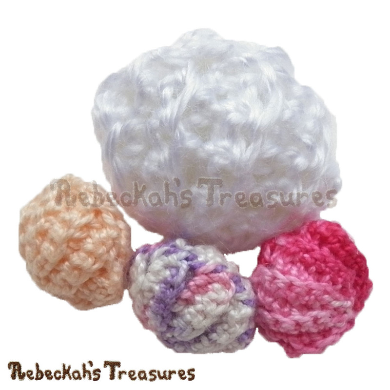 Clam Pearl Shell | FREE crochet pattern by @beckastreasures | Are collecting seashells a favourite pastime? Crochet this delightful Clam Pearl Shell! Visit www.rebeckahstreasures.com #seashell #crochet #pearlshell #clamshell #shell #oystershell