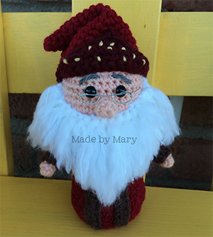 Wizard Mini - Crochet Pattern by #MadebyMary | Featured at Made by Mary - Sponsor Spotlight Round Up via @beckastreasures | #fallintochristmas2016 #crochetcontest #spotlight #crochet #roundup