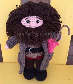 Wizard Giant - Crochet Pattern by #MadebyMary | Featured at Made by Mary - Sponsor Spotlight Round Up via @beckastreasures | #fallintochristmas2016 #crochetcontest #spotlight #crochet #roundup