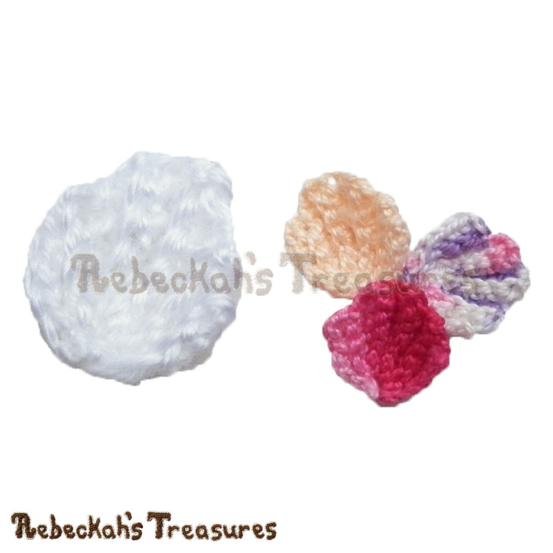 Half Pearl Shell | FREE crochet pattern by @beckastreasures | Missing summer beach fun? Crochet this pretty Half Pearl Shell! Visit www.rebeckahstreasures.com #seashell #crochet #pearlshell #halfshell #shell