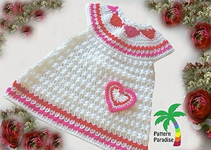 Hearts of Love Jumper by @patternparadise | via I Heart Clothes - A LOVE Round Up by @beckastreasures | #crochet #pattern #hearts #kisses #valentines #love