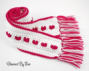 Heart Scarf by #CharmedbyEwe via @AllFreeCrochet | via I Heart Clothes - A LOVE Round Up by @beckastreasures | #crochet #pattern #hearts #kisses #valentines #love