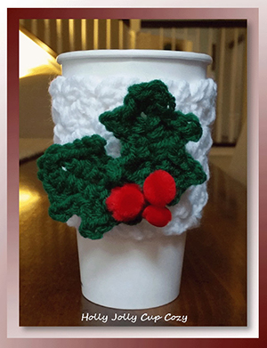 Holly Jolly Cup Cozy - Free Crochet Pattern by @crochetmemories Featured at Crochet Memories - Sponsor Spotlight Round Up via @beckastreasures | #fallintochristmas2016 #crochetcontest #spotlight #crochet #roundup