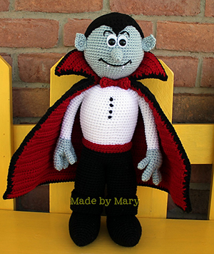 Vampire Amigurumi - Crochet Pattern by #MadebyMary | Featured at Made by Mary - Sponsor Spotlight Round Up via @beckastreasures | #fallintochristmas2016 #crochetcontest #spotlight #crochet #roundup