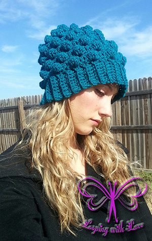 Adult Herringbone Bobble Beanie | Friday Feature #17 via @beckastreasures with @LoopingWithLove #crochet | See the latest designer features here: https://goo.gl/UIvoYx OR SIGN UP to get featured at Rebeckah's Treasures here: https://goo.gl/xjDP52 #crochet