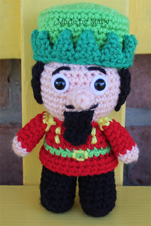 Nutcracker Christmas Mini Amigurumi - Crochet Pattern by #MadebyMary | Featured at Made by Mary - Sponsor Spotlight Round Up via @beckastreasures | #fallintochristmas2016 #crochetcontest #spotlight #crochet #roundup