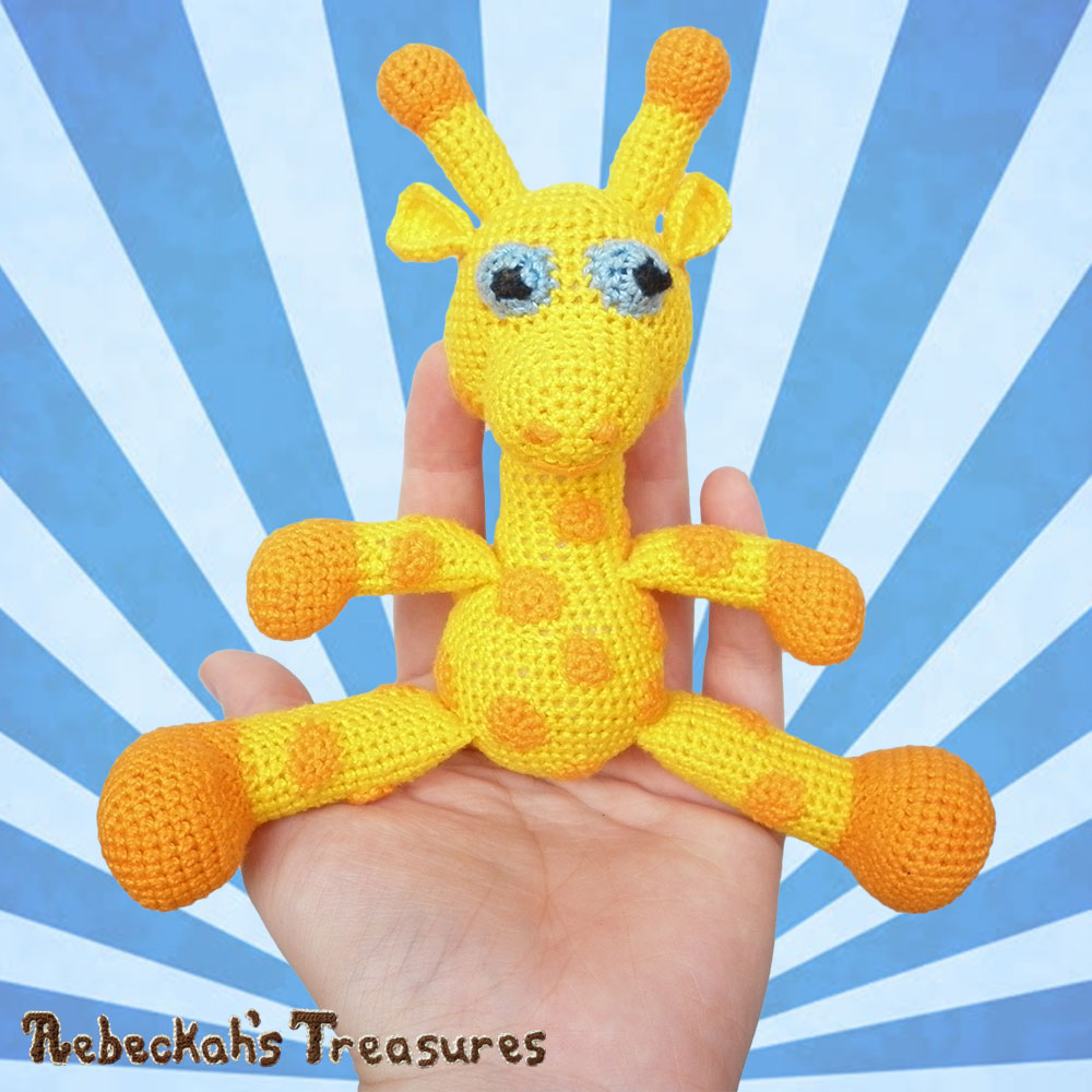 Little Otis in the palm of my hand! | #Otis #Giraffe - #Amigurumi Crochet-A-Long by @beckastreasures | #OtisGiraffeCAL Part 6: HEAD & FINISHING TOUCHES - Watch the #Video #Tutorial AND #Download the crochet pattern for this part of the #CAL in #English #Dansk #Nederlands #Deutsche #עִברִית #Español & #Svenska! | #crochet #pattern #April #YouTube