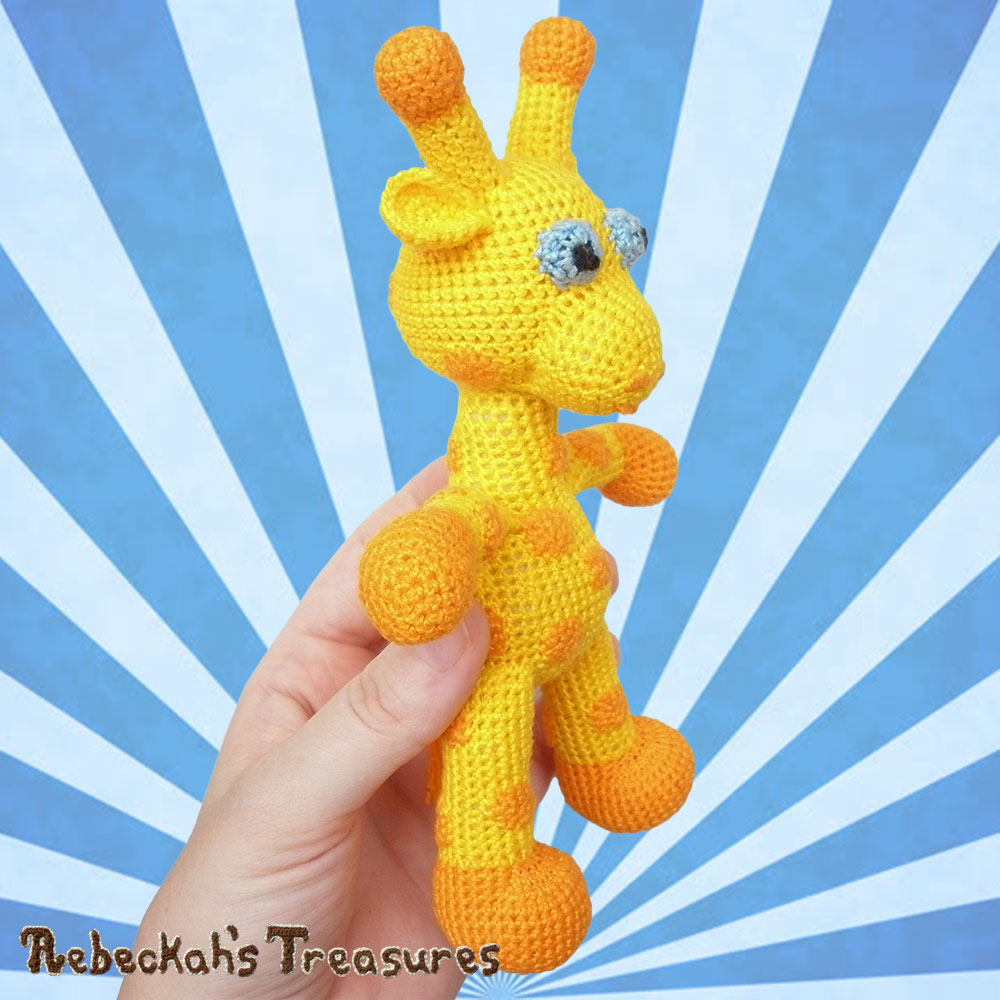 Otis' side in my hand! | #Otis #Giraffe - #Amigurumi Crochet-A-Long by @beckastreasures | #OtisGiraffeCAL Part 5: FACIAL FEATURES (muzzle, ears, eyes, horns) - Watch 4 #Video #Tutorials AND #Download the crochet pattern for this part of the #CAL in #English #Dansk #Nederlands #Deutsche #עִברִית #Español & #Svenska! | #crochet #pattern #April #YouTube