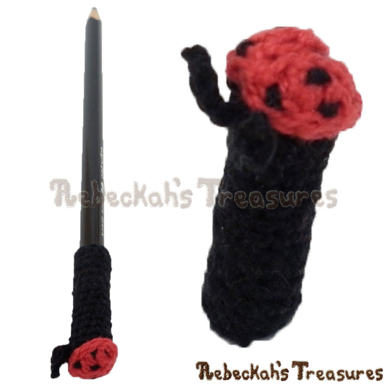 Ladybug Pencil Topper / Finger Puppet | FREE crochet pattern via @beckastreasures | Looking for quick and easy last minute gifts to crochet? Try this cute Ladybug Flower Pencil Topper pattern. It's fun for all ages and perfect for last-minute gifts or bulk gifting events! #ladybug #crochet #penciltopper #fingerpuppet