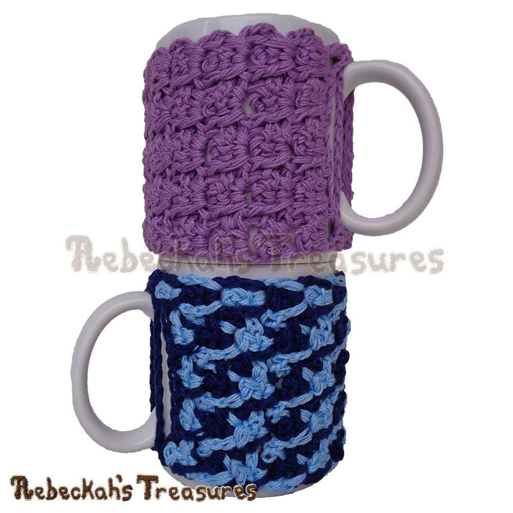 Picot Drops Mug Cozy | Free Crochet Pattern by @beckastreasures | Holiday Stashdown CAL 2016 with @ucrafter | #HolidayStashdownCAL2016 #crochet #mugcozy | Join today!