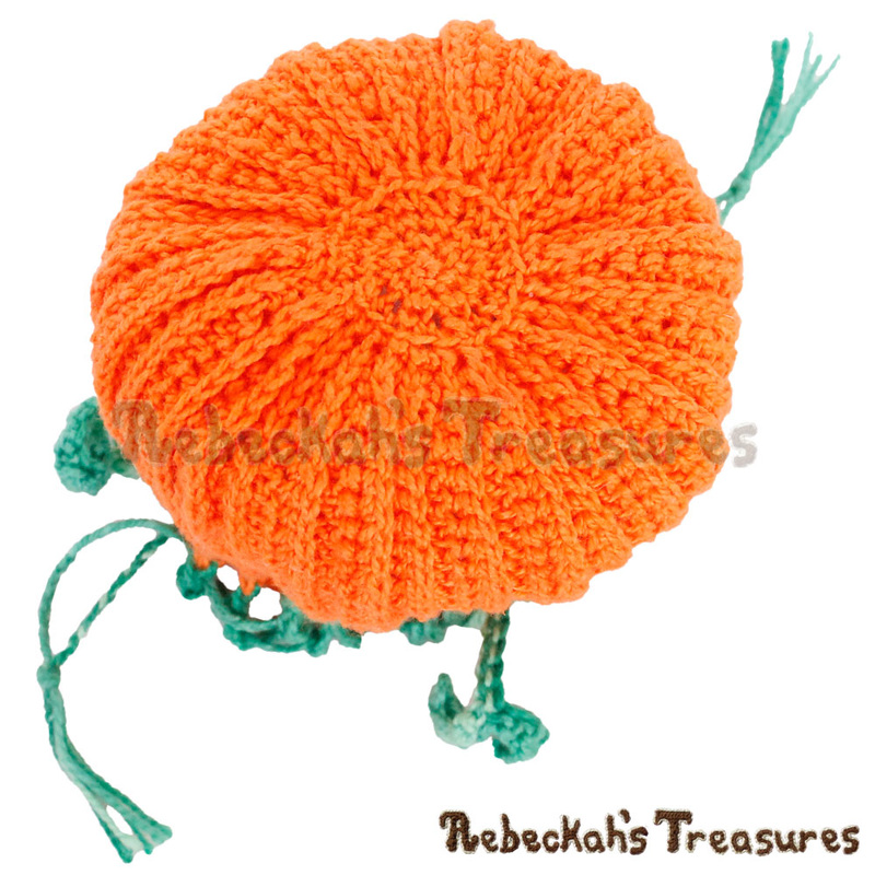 Bottom View of the Pumpkin Treats Coin Purse by @beckastreasures | Free Crochet Pattern via A Designer's Potpourri Year-Long CAL with @countrywillow12, @crochetmemories, @Sherrys2boyz & @ArtofaDG for October 2016 | #pumpkin #crochet #purse #autumn | Join today!