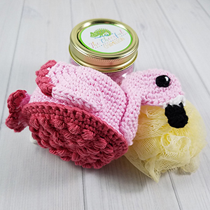 Rosy the Flamingo Scrubby - Crochet Pattern by @CheeryChameleon | Featured at The Cheerful Chameleon - Sponsor Spotlight Round Up via @beckastreasures | #fallintochristmas2016 #crochetcontest #spotlight #crochet #roundup