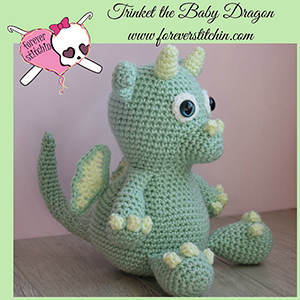 Trinket the Baby Dragon Amigurumi - Crochet Pattern by @foreverstitchin | Featured at Forever Stitchin - Sponsor Spotlight Round Up via @beckastreasures | #fallintochristmas2016 #crochetcontest #spotlight #crochet #roundup